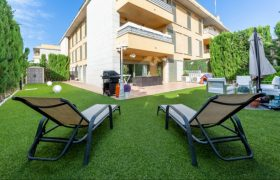Stunning Ground Floor Apartment with an Ample Garden in Sa Torre