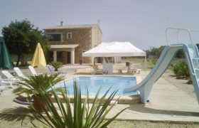 Rustic House in Algaida