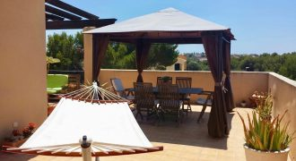 Fantastic Penthouse with Communal Swimming Pool in Puig de Ross