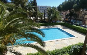 Apartment with Communal Swimming Pool in Palmanova