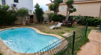 Terraced House with Swimming Pool in Puig de Ros