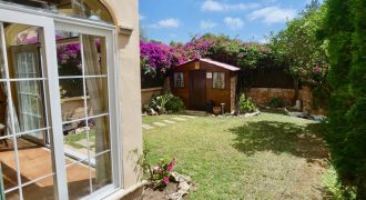 Ground Floor Apartment with Lovely Garden in Puig de Ross