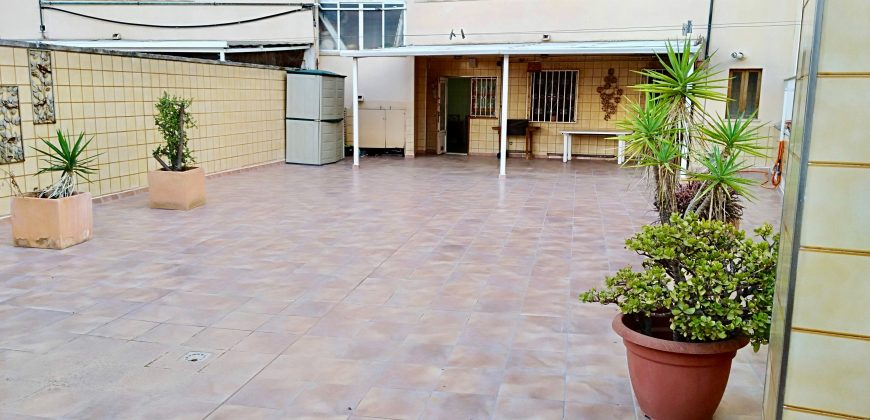 Piso con Terraza de 140m2 y Parking en Palma