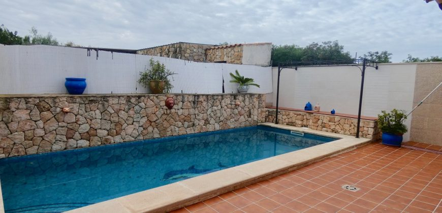 House with Sea Views for Rent