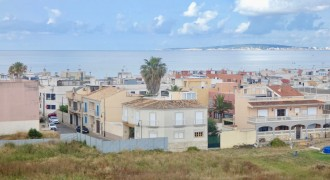 Ample Apartment with Parking in Coll Den Rabassa