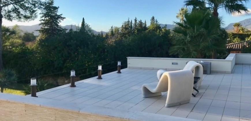Espectacular Villa de Alto Standing en Es Garrovers