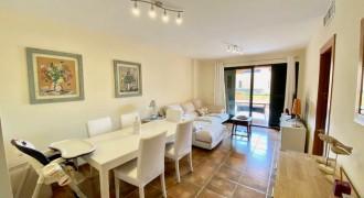 Bright Apartment in Puig de Ros