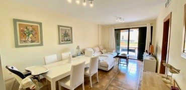 Bright Apartment in Puig de Ros