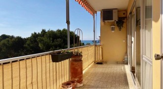 Bright Apartment with Partial Sea Views in Les Meravelles