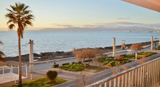 Completely Renovated Frontline Apartment with Sea Views in Arenal