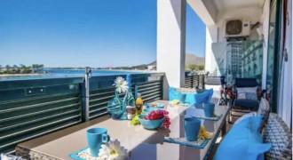 Apartamento en Primera Línea de Mar en el Puerto de Alcudia