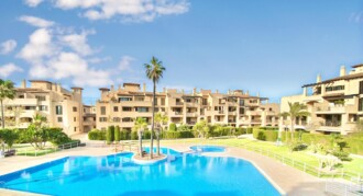 Ample Apartment in a Well-Kept Complex – Puig de Ros