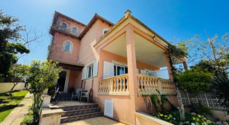 Moderna Casa Pareada en 2a Línea de Mar – Bahía Azul
